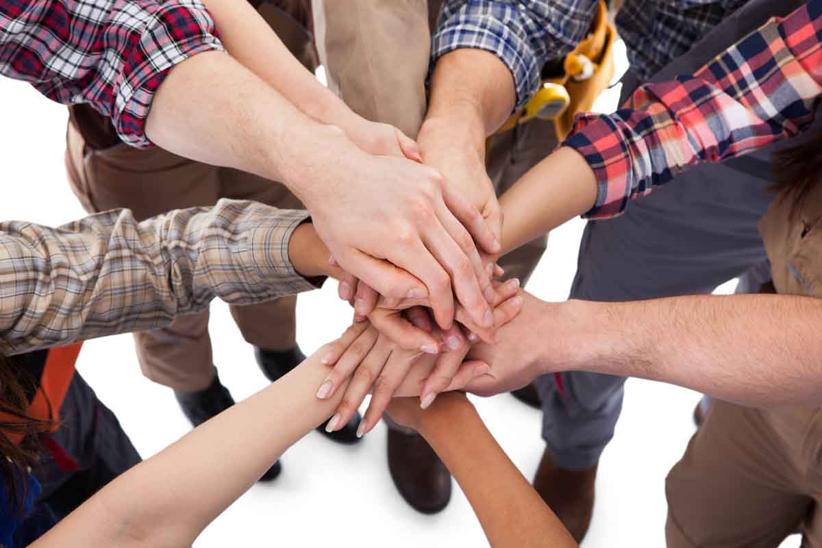 Adhérer au groupe, créatif et productif